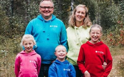 """Familien Løsnesløkken med ny CD """"Håpets Stjerne"""""""